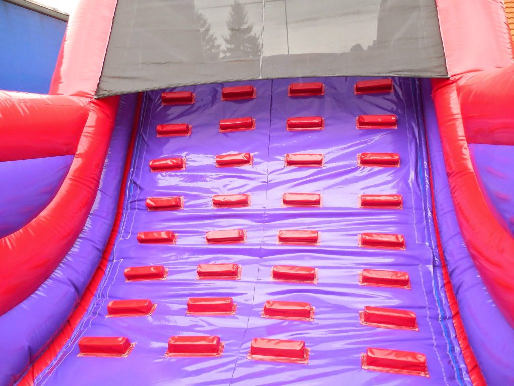 steps in side the inflatable