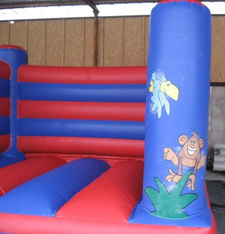 Jungle box bouncy castle